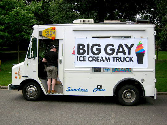 http://www.eatmedaily.com/wordpress/wp-content/uploads/2009/06/big-gay-ice-cream-truck-3.jpg