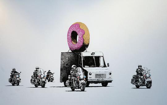 banksy-doughnut