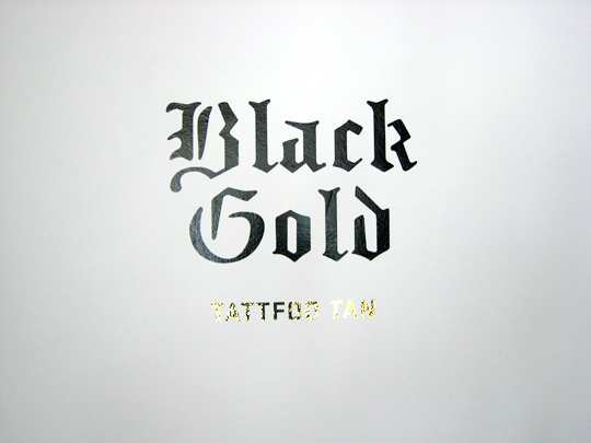 tattfoo-tan-black-gold