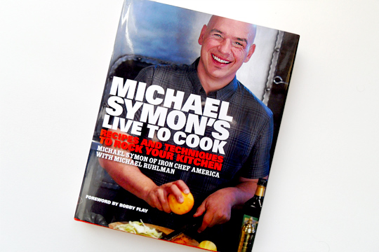 michael-symon-live-to-cook-cookbook-cover