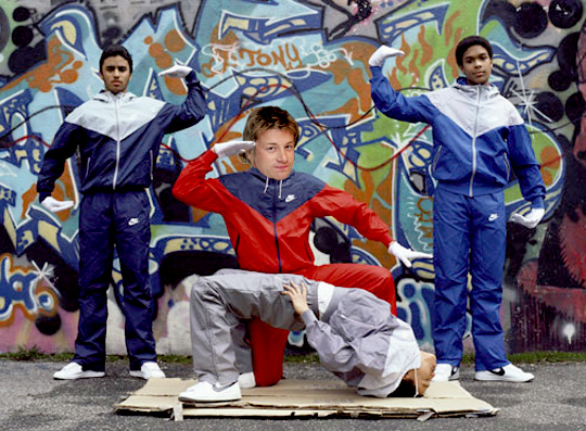 jamie-oliver-breakdancing