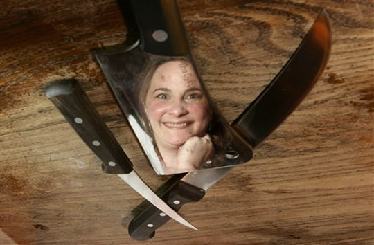 julie-powell-scary-knives-wtf-ap